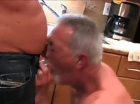 Silver bear is jack off showing a str8 truck drivers Tube.