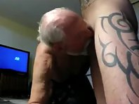 Restroom gym cruisingtube xx clips and bisex cruisers in loos stroking movie.